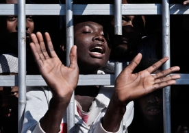 More than 25,000 youngsters – nine out ten of whom were unaccompanied – made the perilous journey in 2016 Unicef
